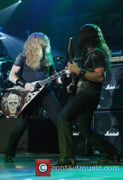 Dave Mustaine and Chris Broderick 3