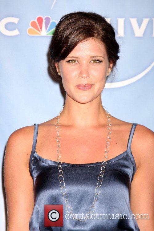 Sarah Lancaster 11