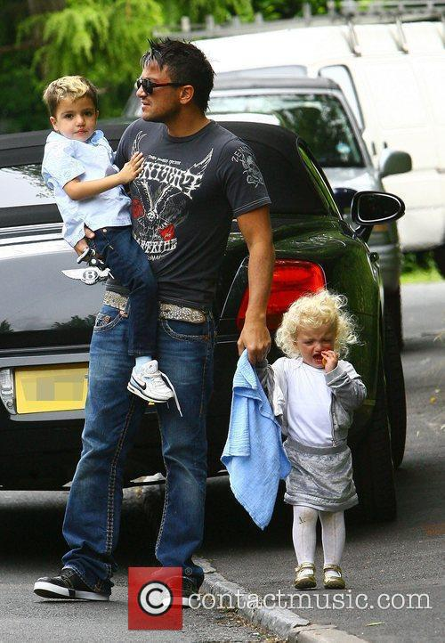Peter Andre, With His Children Princess Tiaamii and Junior 2