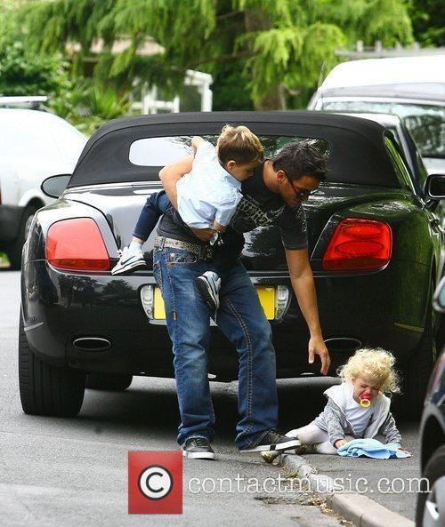 Peter Andre, With His Children Princess Tiaamii and Junior 1