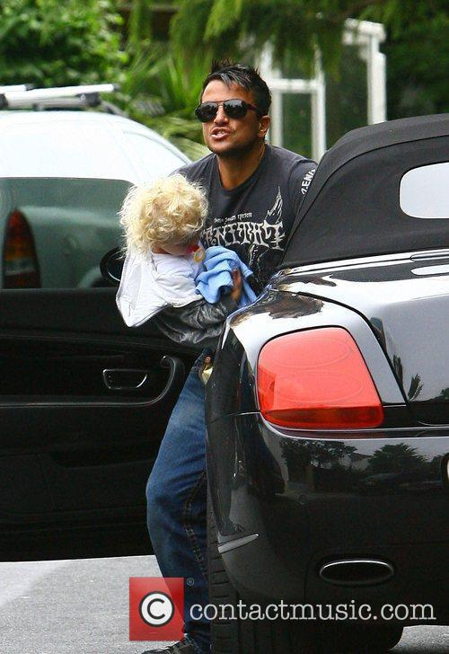 Peter Andre and With His Daughter Princess Tiaamii 8