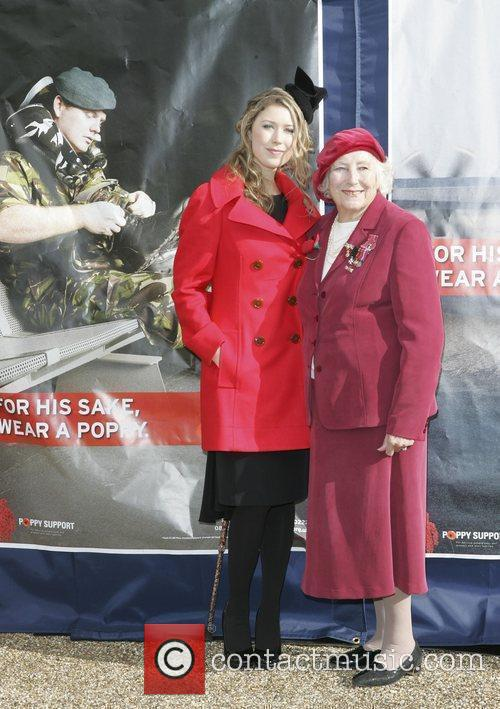 Hayley Westenra and Dame Vera Lynn 5