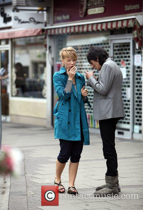 Ronnie Wood and Ekaterina Ivanova 3