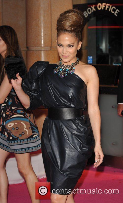 Jennifer Lopez and Alex O'loughlin 4