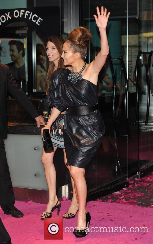 Jennifer Lopez and Alex O'loughlin 1