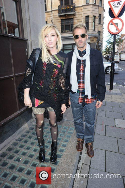 The Ting Tings, Jules De Martino and Katie White