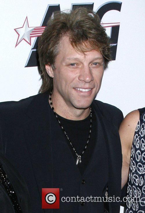 Jon Bon Jovi and Clive Davis 1