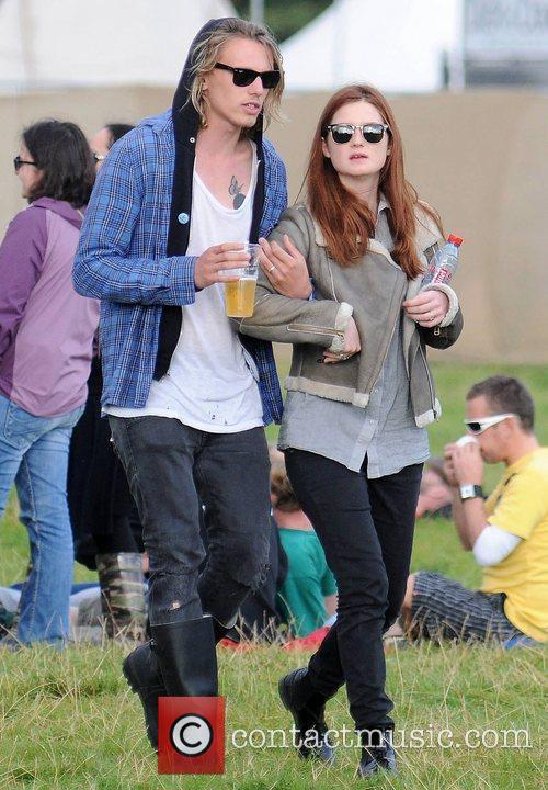 Bonnie Wright and Jamie Campbell Bower 2