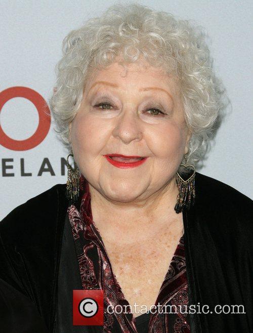 Estelle Harris, Betty White, Jane Leeves and Valerie Bertinelli
