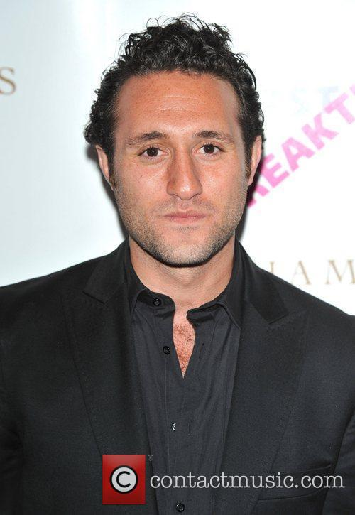 Antony Costa and Women