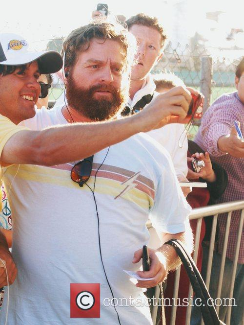 Zach Galifianakis and Jimmy Kimmel 2