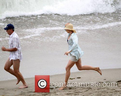 Jenna Elfman and Richard Jenkins