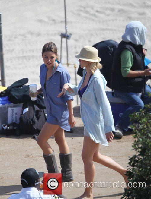Mila Kunis and Jenna Elfman 11