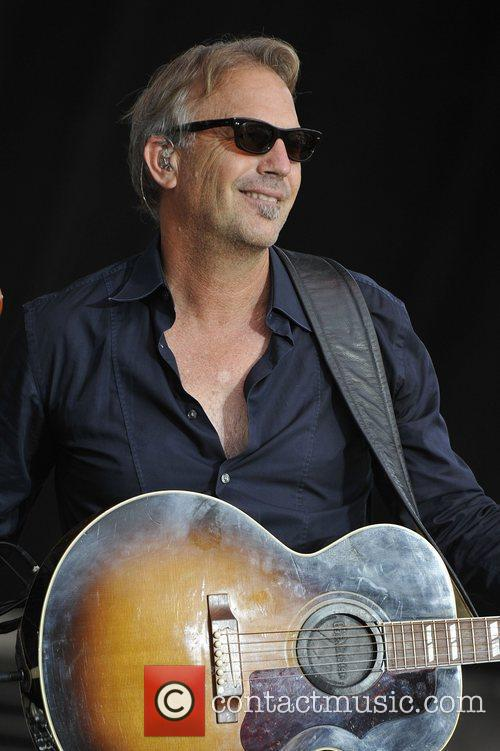 Kevin Costner and Modern West Perform At Country Thunder In Twin Lakes