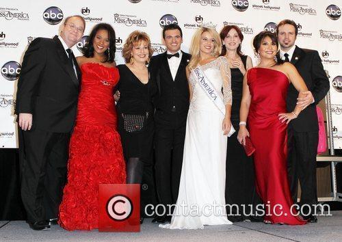 Marc Cherry, Joy Behar, Las Vegas, Marilu Henner and Mark Wills 2