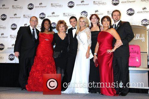 Marc Cherry, Joy Behar, Las Vegas, Marilu Henner and Mark Wills 4