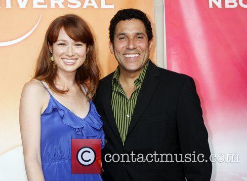 Ellie Kemper and Oscar Nunez