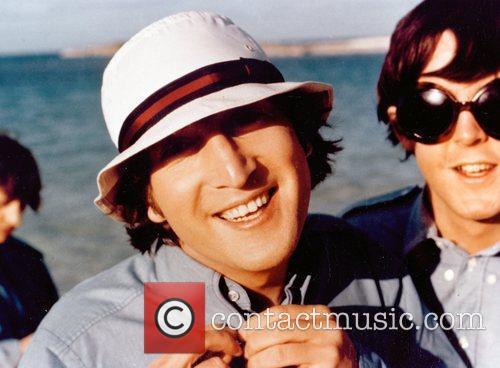 Richard Lester, John Lennon and Sir Paul Mccartney 6
