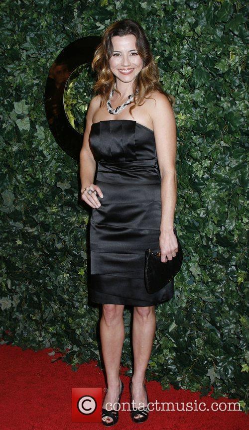 Linda Cardellini 4