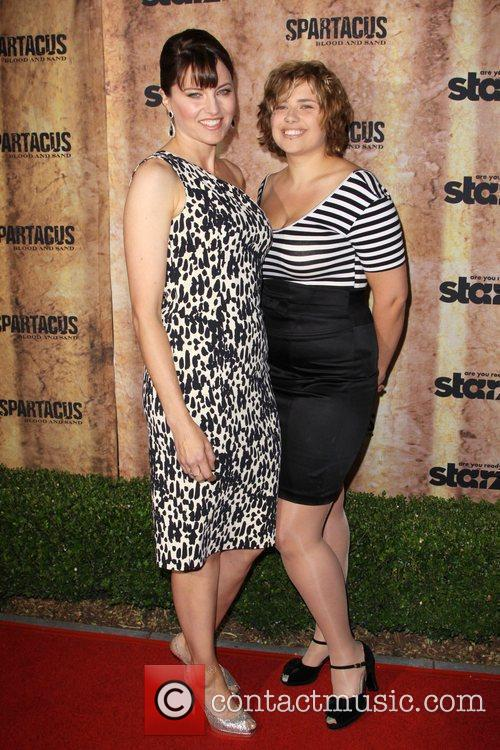 Lucy Lawless and Daisy Lawless 8