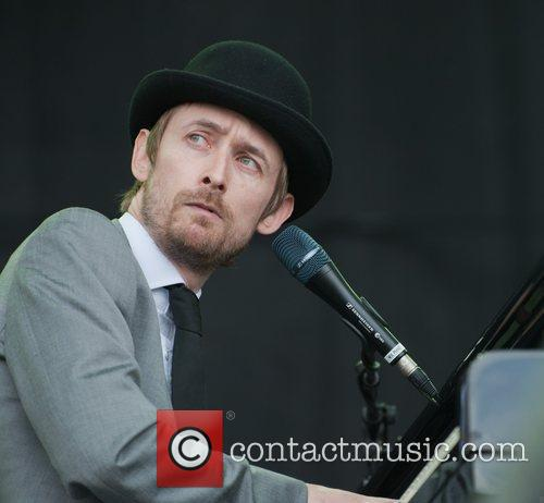 Neil Hannon and Divine Comedy