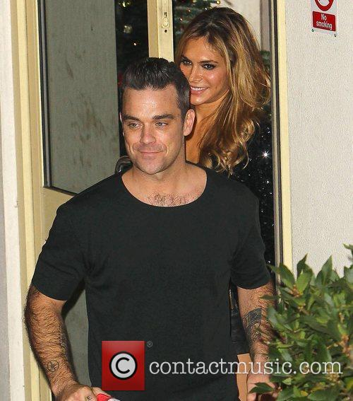 Robbie Williams, Ayda Field and Take That 7