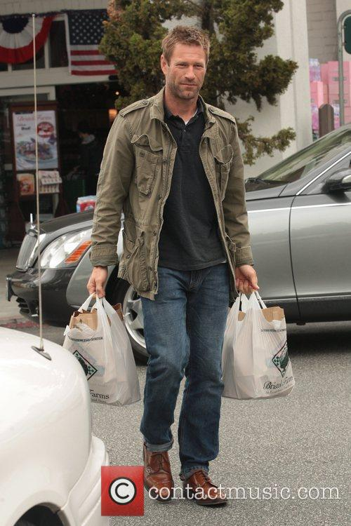 Aaron Eckhart leaving Bristol Farms with his weekly...