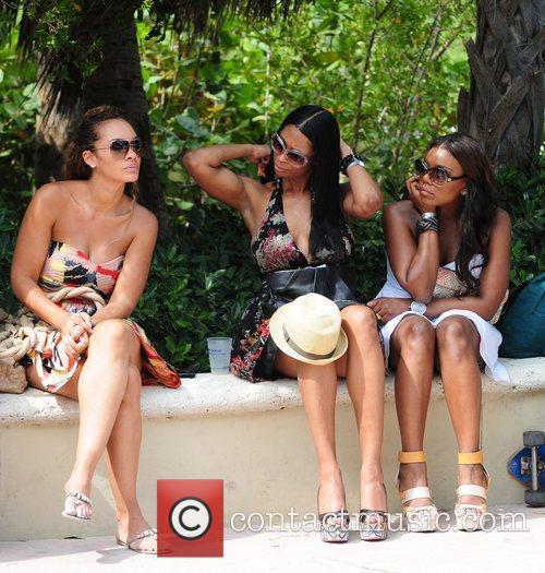 Vh1, Evelyn Lozada and Jennifer Williams 4