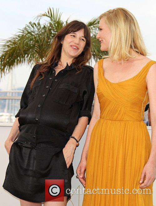 Charlotte Gainsbourg and Kirsten Dunst 10