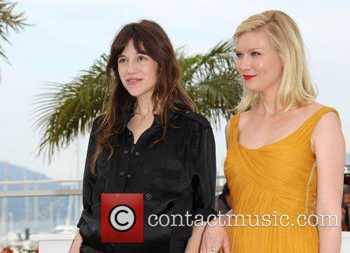 Charlotte Gainsbourg and Kirsten Dunst 11