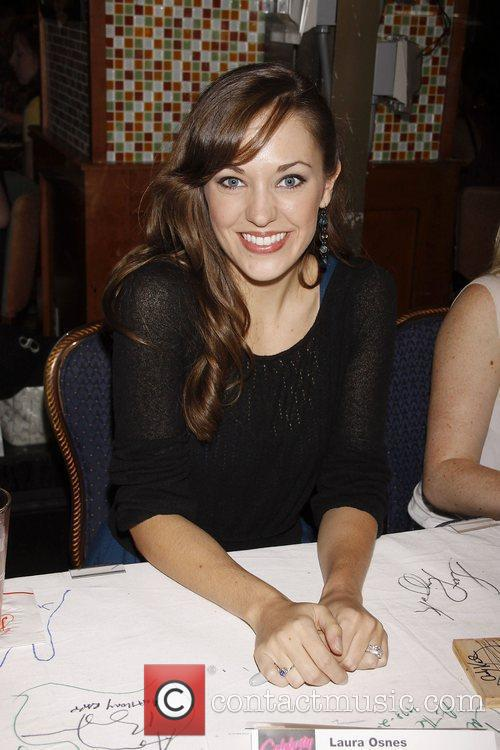 Laura Osnes and Times Square 5