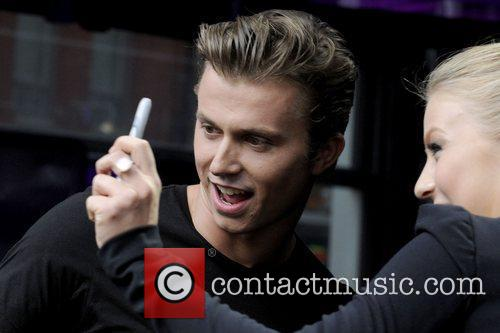 Kenny Wormald 5