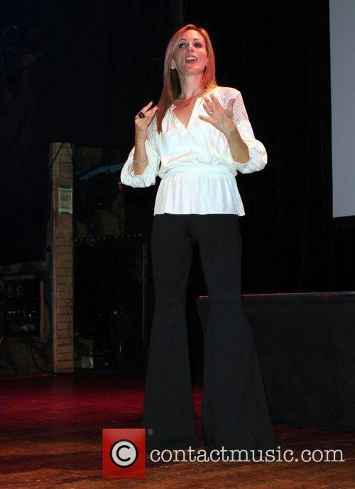 Marlee Matlin and House Of Blues 10