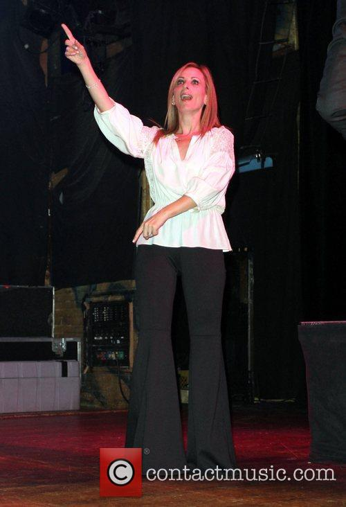Marlee Matlin and House Of Blues 6