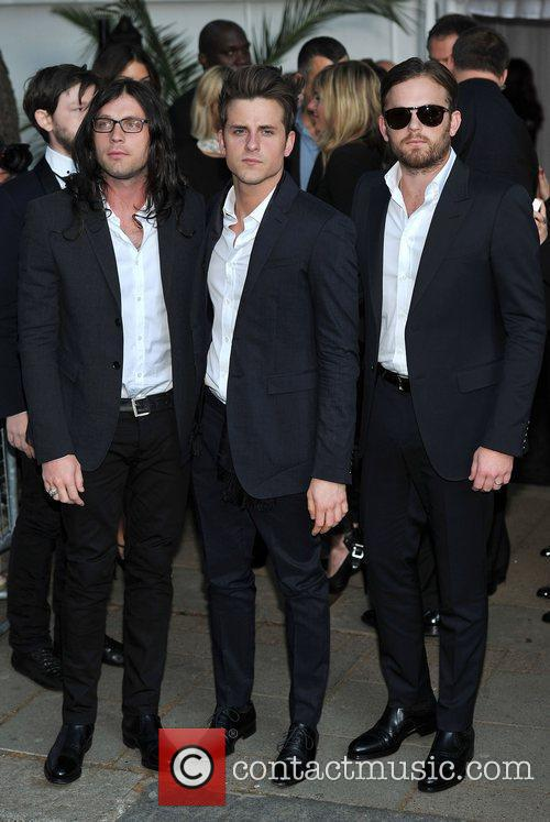 Kings Of Leon and Berkeley Square Gardens 4