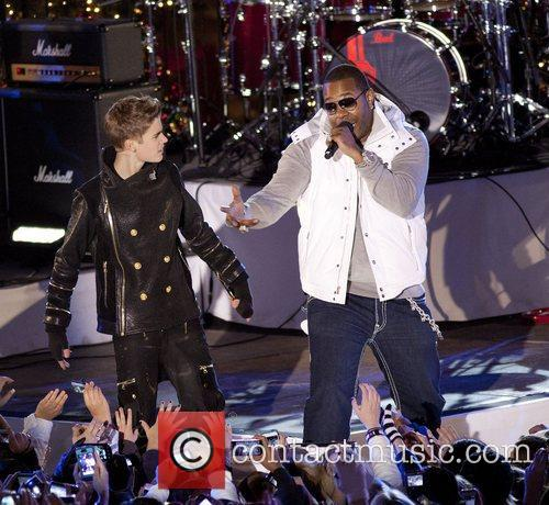 Justin Bieber and Busta Rhymes 9