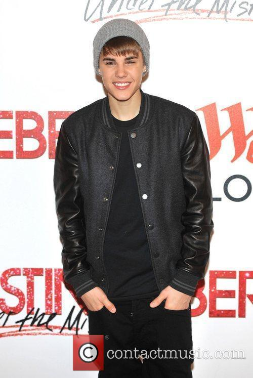 Justin Bieber and The Westfield Shopping Centre 9