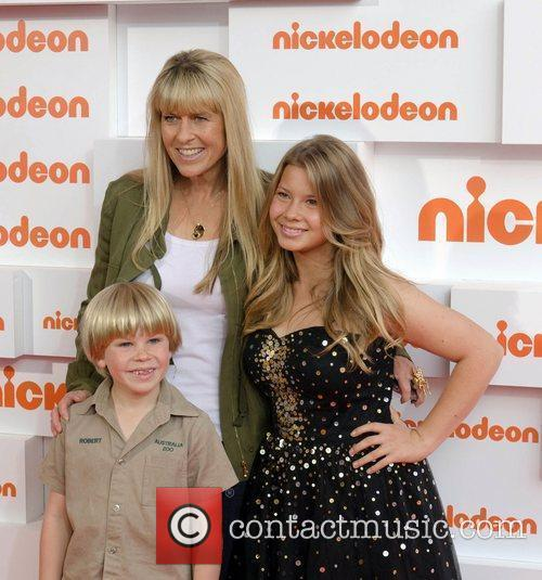 Terri Irwin, Bindi Irwin and Sydney Entertainment Centre 5
