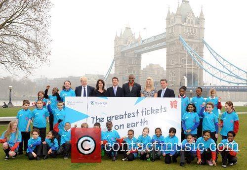 Boris Johnson, Carl Lewis and Rebecca Adlington 2