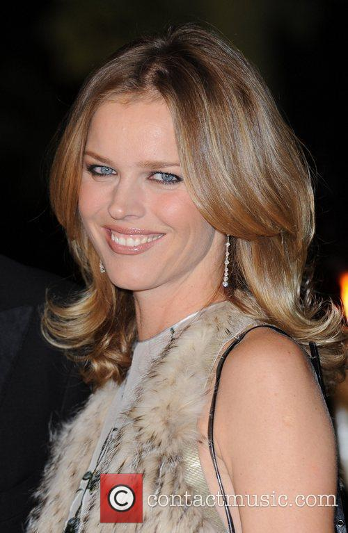 Eva Herzigova and Hampton Court Palace 7