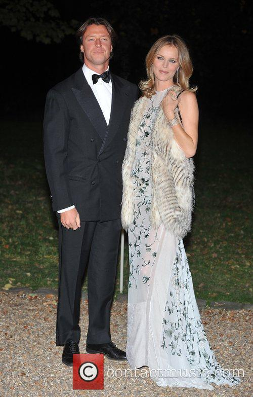 Eva Herzigova and Hampton Court Palace 11