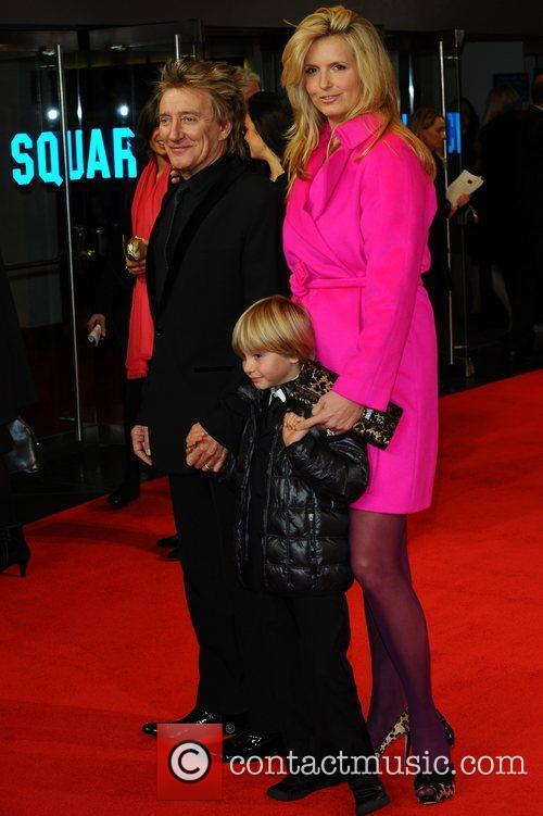 Rod Stewart, Alastair Wallace, Penny Lancaster and Odeon Leicester Square 1