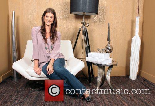 Sarah Lancaster 2