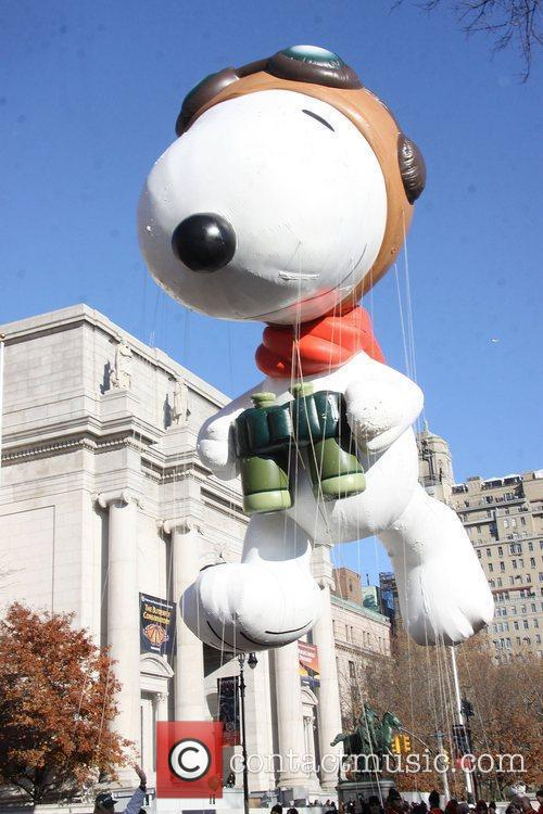 Snoopy, Al Roker and Macy's 7