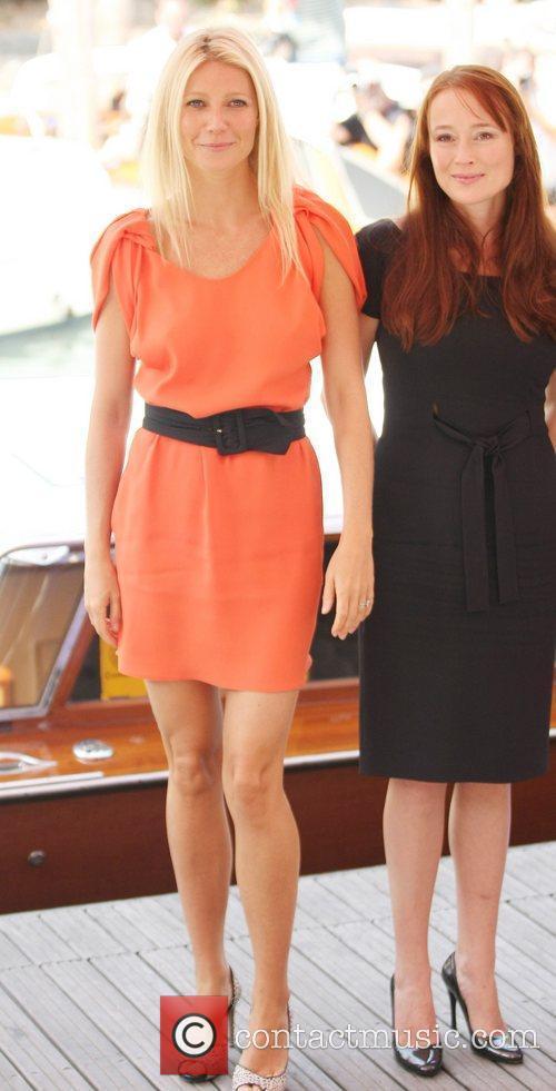 Gwyneth Paltrow and Jennifer Ehle 10