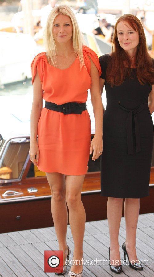 Gwyneth Paltrow and Jennifer Ehle 11