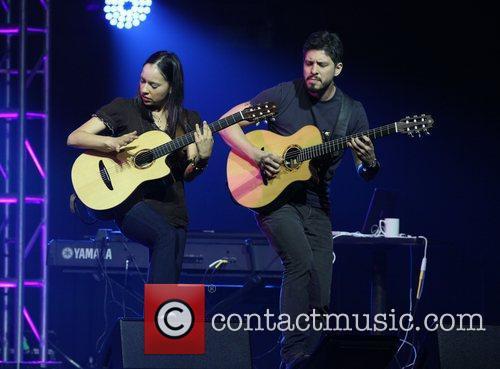 Rodrigo Y Gabriela 2