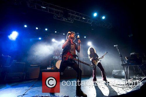 Andrew Stockdale and Wolfmother 4