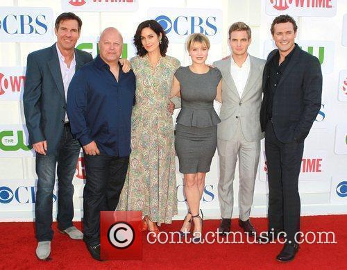 Dennis Quaid, Carrie-anne Moss, Michael Chiklis and Sunny Mabrey