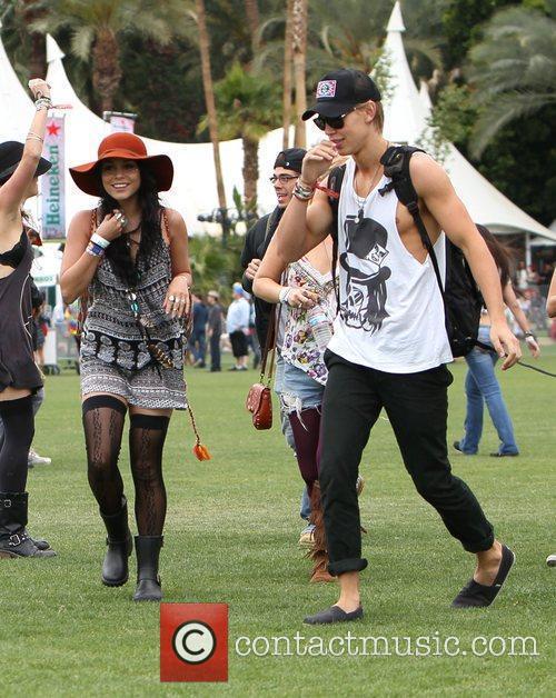 Vanessa Hudgens, Austin Butler and Coachella 5